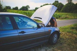 road-man-broken-car-sm